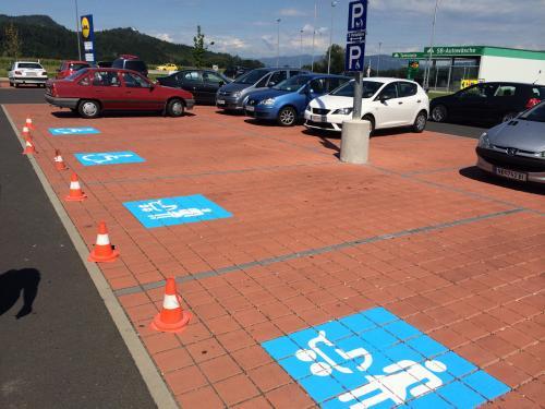 Parkplatzmarkierung Lidl, Eberndorf