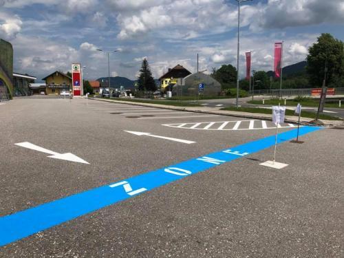Parkplatzmarkierung Spar-Markt